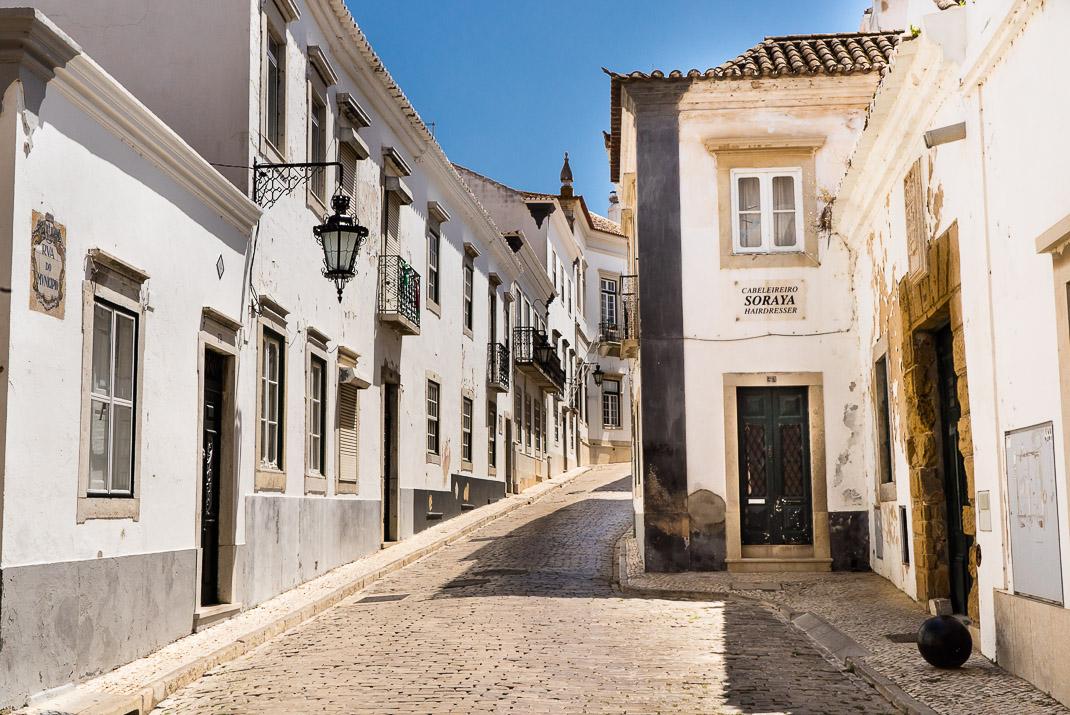 Old Faro cobblestone streets