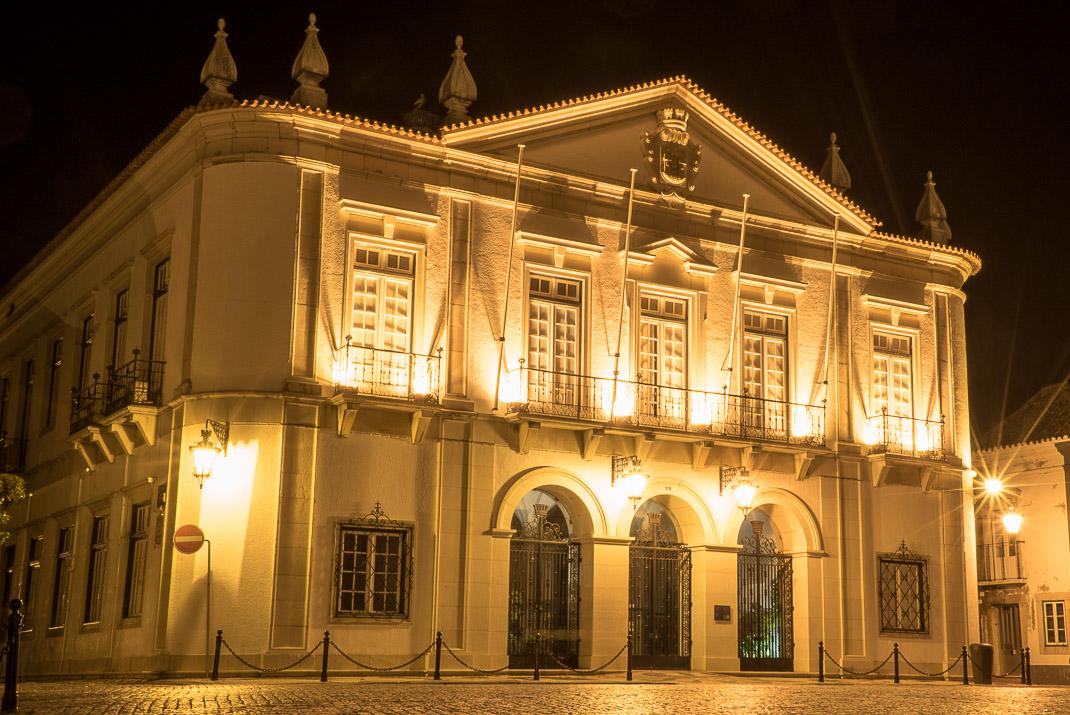 Old Faro at night