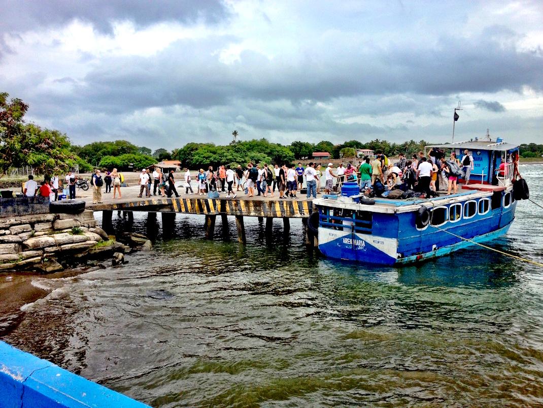 Ometepe Lancha Crowded Boarding