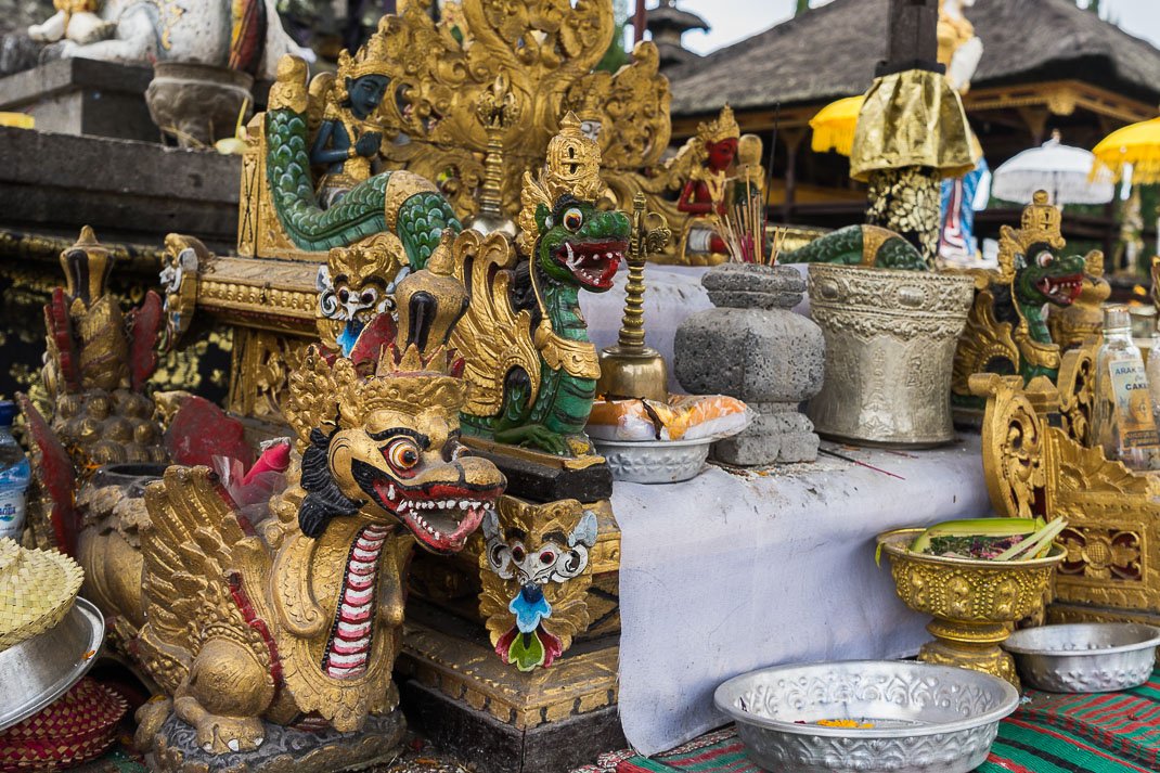 Balinese Temples Gold Statues