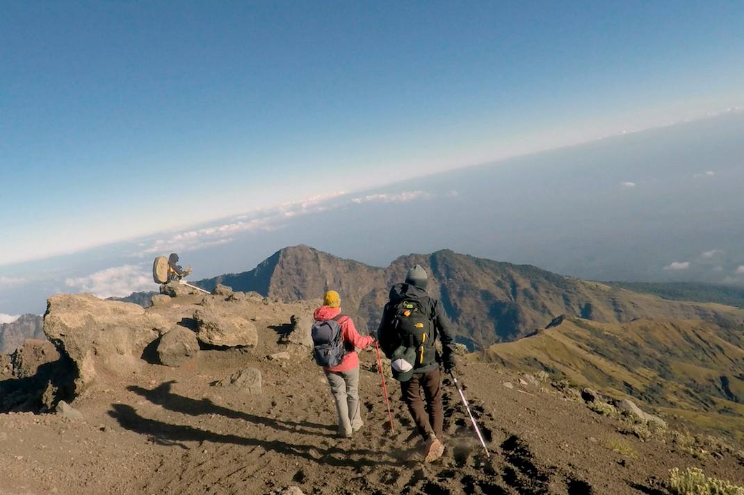 Summiting Rinjani Group Descend