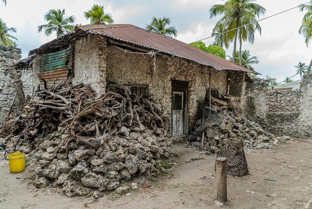 Zanzibar Matemwe building materials