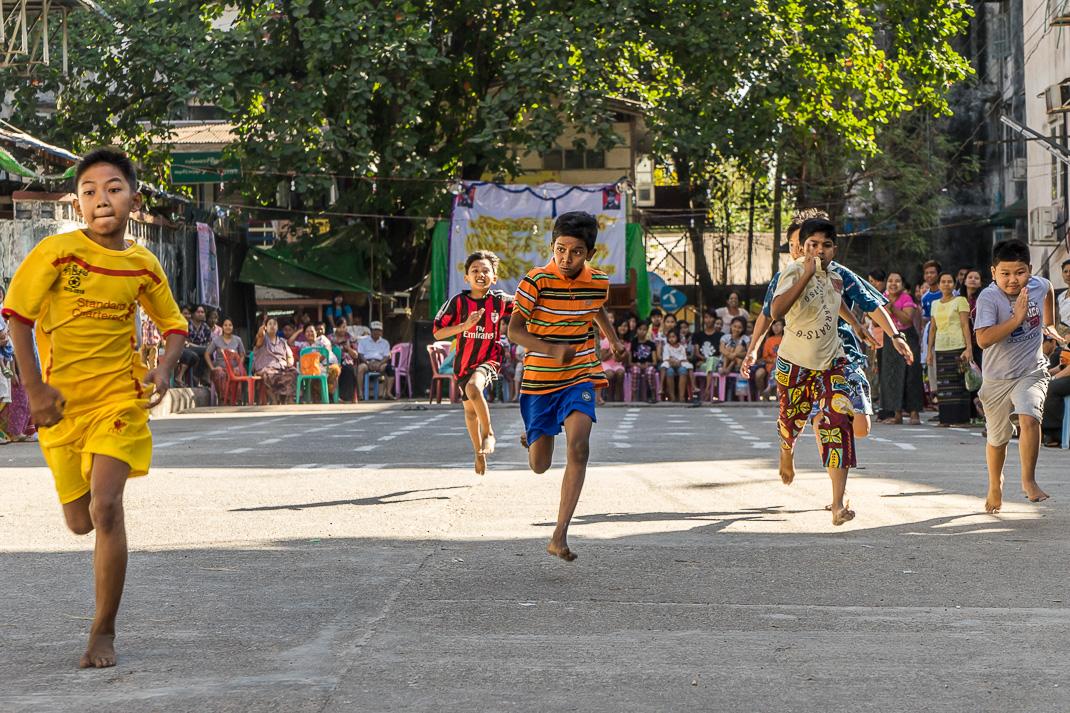 Burmese Independence Day Racing