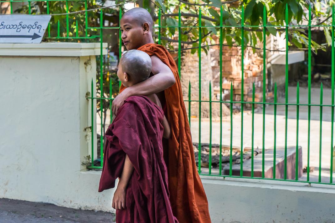 Yangon Temples Chaukhtatgyi Monks Outside