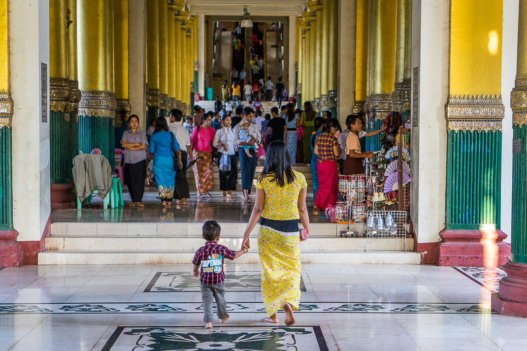 Yangon Temples Shwedagon Mother Son