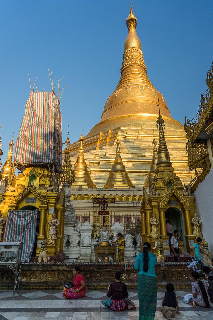 Yangon Temples Shwedagon Gold Pagoda